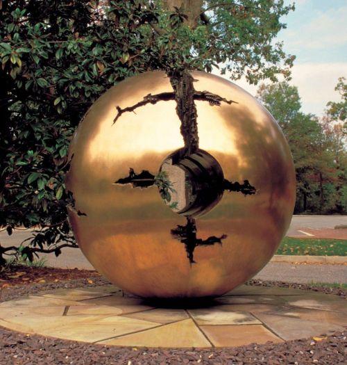 rich art sculpture