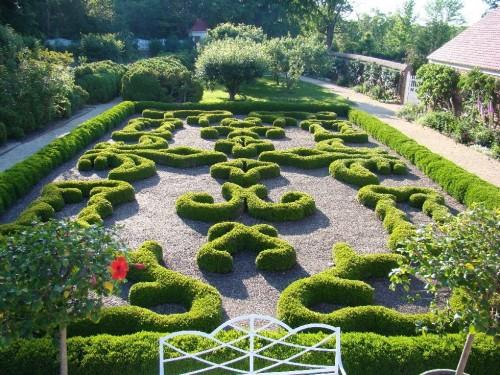 virg mount vernon gardens