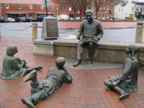 Kunta Kinte Alex Haley Memorial