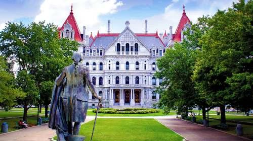 Al Capitol