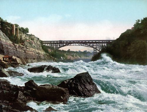 niagara whirlpool bridge