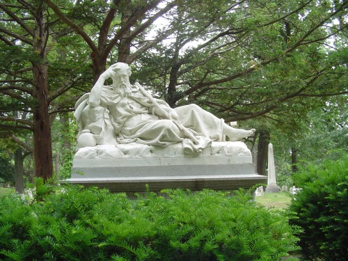 NY mount hope statue