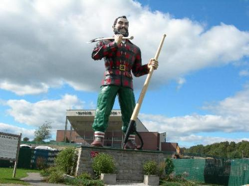 bang paul-bunyan-statue-bass