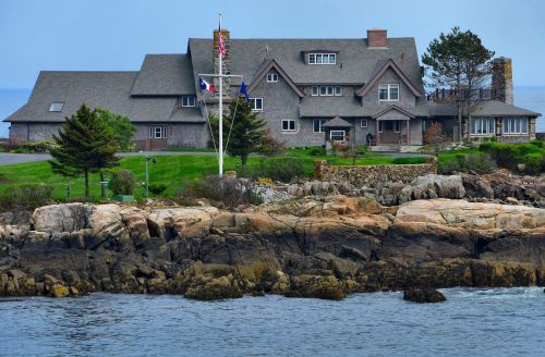 maine-kennebunkport-george-bush-compound-walkers-point-1440x947