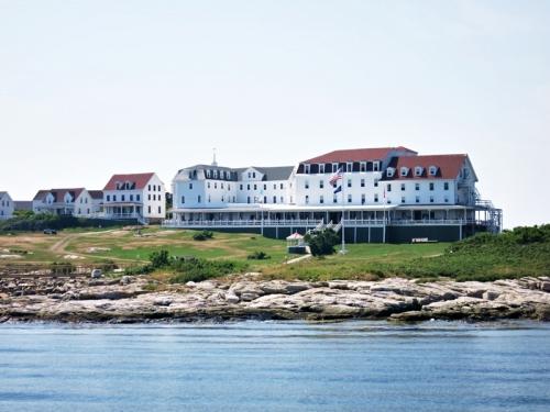 new hamp star-island-oceanic-hotel