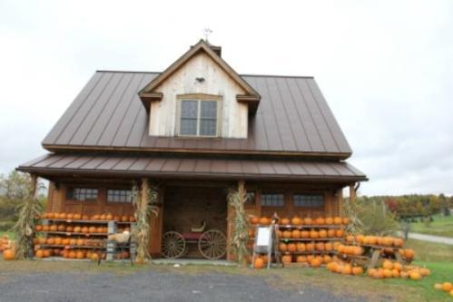 vermont mont bragg-farm-sugar-house