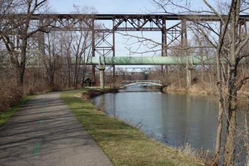 cleve ohio-and-erie-canal-towpath