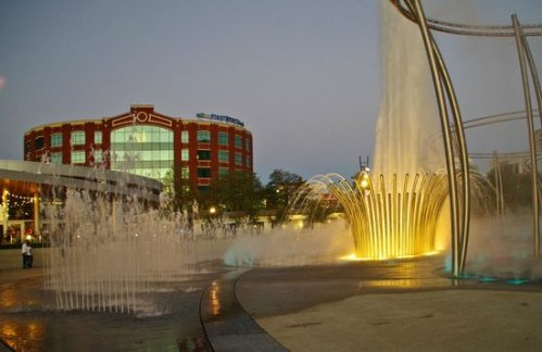 col scioto-mile fountain