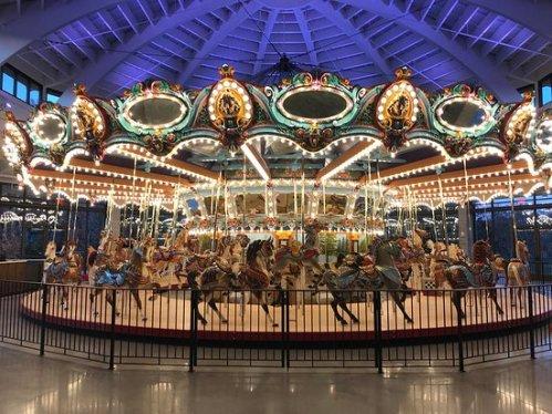 memphis children museum carousel