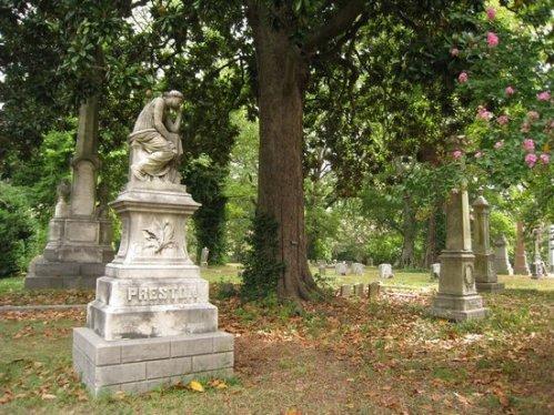 memphis elmwood-cemetery