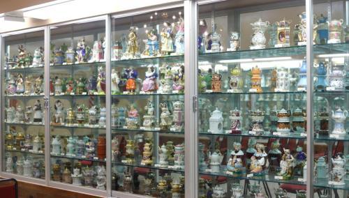 ten Trenton Teapot Museum