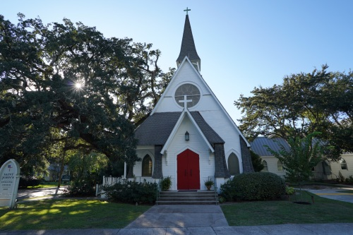 MS ocean springs church