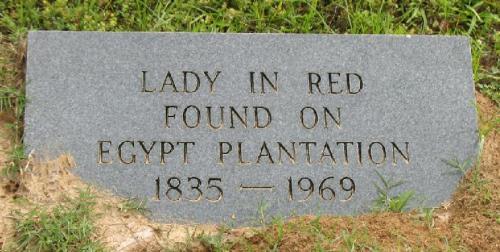 M lady grave