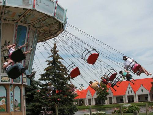 holland dutch village Nelis-Dutch-Village-Swing-Ride-LRG