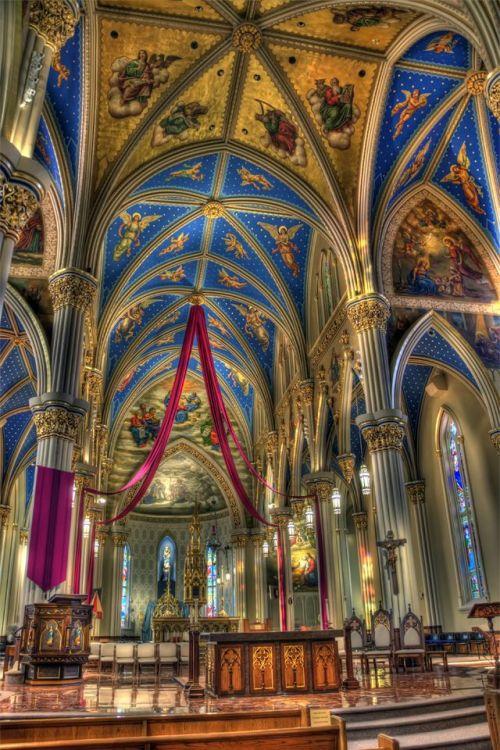 indy basilica inside