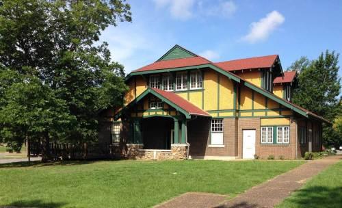 ark macarthur hostel