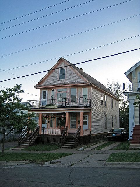 mini bob house